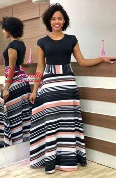 Modas - Moda Evangélica - A Loja da Mulher Virtuosa Dresses For Teens, Modest Dresses, Modest Outfits, Skirt Outfits, Modest Fashion, Dress Skirt, Casual Dresses, Girl Fashion, Fashion Dresses