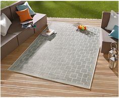 Gehen Sie mit Teppich Botany in Grau wie auf Wolken. Entdecken Sie weitere tolle Teppiche von BOUGARI auf >> WestwingNow.