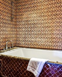 Bathroom goals ✔️ @palaisaziza #aitmanos #tiles #tilelove #tiledesign #zellige #handmade #morocco #interiordesign #home