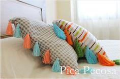 Cojines personalizados con borlas de hilo DIY / Custom cushions with diy tassels thread