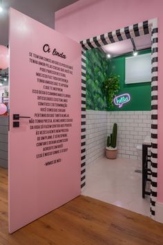 Beauty Room Decor, Beauty Salon Decor, Beauty Salon Interior, Beauty Bar, Boutique Interior, Boutique Decor, Nail Salon Design, Salon Interior Design, Schönheitssalon Design