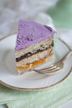 Die Seelenschmeichelei | Food- und Travelblog für Genießer: Die Seelenschmeichelei feiert Geburtstag. Mit einer Aprikosen-Mohn-Torte.