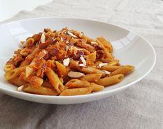 Pasta med gulrot og brie Brie, Carrots, Pasta, Vegetables, Food, Veggies, Carrot, Veggie Food, Meals