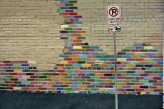 PIN Rainbow painted brick wall which becomes an eye-catching feature. Maybe it is not something I would use for residential design. Outdoor Art, Outdoor Walls, Cinder Block Walls, Painted Brick Walls, Garden Mural, School Murals, Wall Murals, Wall Art, Rainbow Painting