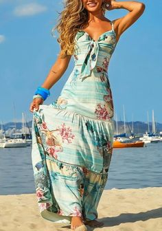Swans Style is the top online fashion store for women. Shop sexy club dresses, jeans, shoes, bodysuits, skirts and more. Cute Summer Dresses, Beach Dresses, Cute Dresses, Summer Outfits, Beautiful Outfits, Cool Outfits, Boho Fashion, Fashion Dresses, The Dress