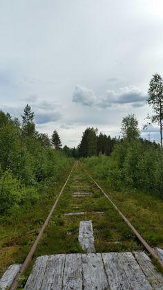 Sweden Holidays, Railroad Tracks, Sidewalk, Country Roads, Side Walkway, Walkway, Walkways, Train Tracks, Pavement