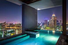 Swimming pool on 40th floor @ the River Bangkok #hdr#night#bangkok#the_river# Night view