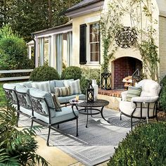 Tuscan style – Mediterranean Home Decor Outdoor Rooms, Outdoor Living, Outdoor Decor, Outdoor Furniture, Furniture Ideas, Modern Furniture, Iron Patio Furniture, Furniture Websites, Antique Furniture