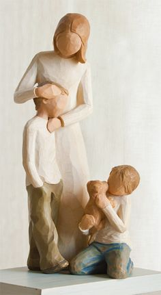 Mother and Sons - Kindness Boy Family Gathering by Willow Tree  Idea for the MIL Willow Tree Figures, Willow Tree Angels, Willow Tree Family, Tree People, Mother Son, Sculpture, Collectible Figurines, Christmas Gifts, Sons