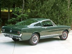 View Mump 1001 05 +1966 K Gt Fastback+rear View - Photo 26160266 from 1966 Mustang K-GT Fastback - Ivy League Honors