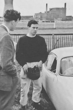 https://flic.kr/p/KXj9Df | Jim Clark | During practice for the 1962 British Grand Prix at Aintree