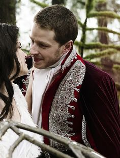Ginner Goodwin & Josh Dallas as Prince Charming and Snow White, Once Upon a Time