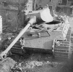 Panzerkampfwagen VI Tiger II Ausf. B (Krupp Turm für Porsche Fahrgestell) (Sd.Kfz. 182) Nr. 133 (Fgst.Nr.280031) | Flickr - Photo Sharing!