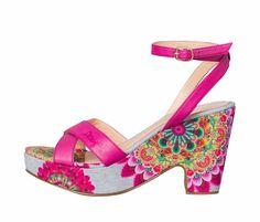 Desigual Sandals Figueras, Heel Platform Ayala Bar, Cool Style, My Style, Online Fashion Stores, Flower Girls, Heeled Mules, Dancing, Platform, Boutique