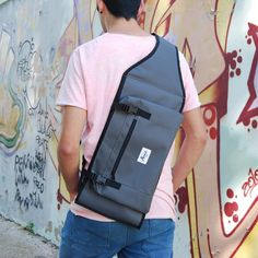 "Skateboard Carry Bag for 7.5"" to 8.5"" Skateboards.  WORLDWIDE SHIPPING.  #skate #skater #skateboard #skateboarding #skateshop #skatepark #city #ramp #want #product #giftidea #design #cool #fashion #awesome #children #kids #france #california #usa #germany"