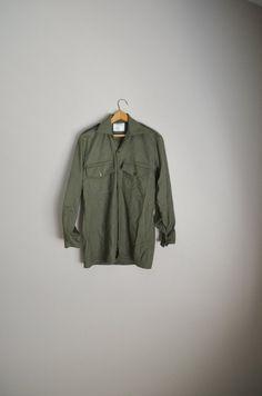 658eb22e94a Defence Property Magrath Manufacturing Olive Green shirt --Mens 37CM Wool  Medium Shirt