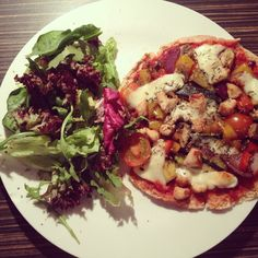 Healthy Home Made Pizza Recipe by @Nichola Robertson Whitehead #nicsnutrition