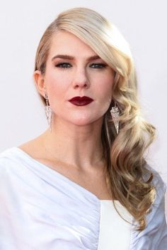 Lily Rabe looks stunning at the Emmy's. What do you think of the dress that she wore? SOURCE