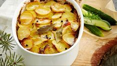 Merimiespihvi jauhelihasta - Yhteishyvä Camembert Cheese, Food And Drink, Meat, Chicken, Koti, Waiting, Cubs