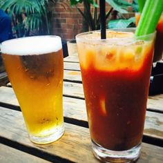 It's officially holidays which means bloody Mary's a trip to New Zealand New Years at the @theeverleigh  my @juliabon81 comes to visit with trips to Sydney the great ocean road wine tours and getting to be a tourist again in Melbourne! Bring it on  #holidays #melbourne #sydney #greatoceanroad #bloodymarys #australia #summer #beer by picsfromcandice