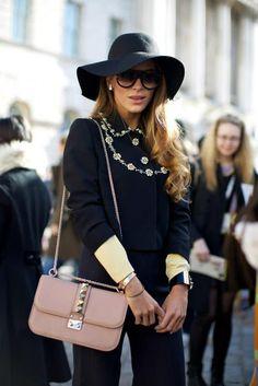 floppy hat and pink bag I Love Fashion eddf43dfcb38
