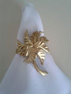 Porta guardanapos feito por Rosa Sensoli Design.