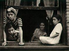 by Helen Levitt [window]