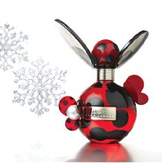 Marc Jacobs: Dot Eau de Toilette, is just what she needs to brighten her day, plus the bottle is down-right adorable
