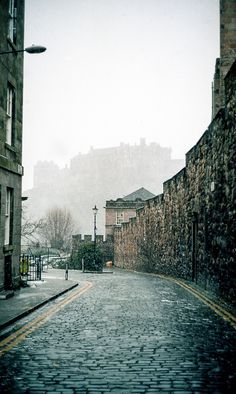 Edinburgh's cobbled streets--lovely to stroll along them in a light rain.