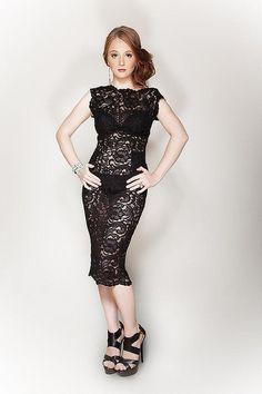 Mario, Celebrity, Formal Dresses, Google, Style, Fashion, Dresses For Formal, Swag, Moda