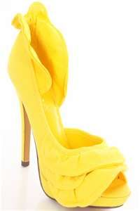 Here are the yellow shoes that I need to own :)