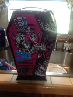 Monster High Make Up kit from costco