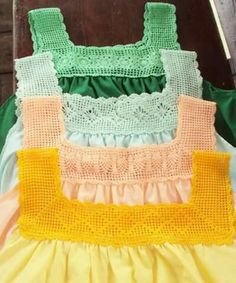A new filet crochet top for a Crochet Toddler, Crochet Girls, Crochet Baby Clothes, Love Crochet, Crochet Yoke, Crochet Collar, Filet Crochet, Crochet Stitches, Baby Dress Patterns