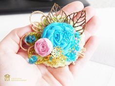 Moderngift.etsy.com  #brooch #blue #handmade #corsagepin #jewelry #брошь #myetsyfind #ярмаркамастеровинстаграм #instajewelry #instagram…