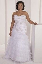 This wonderful Wedding Dresses  Distinctive Design Tiered Bridal Dress Scalloped Bodice Delightful Motif Design Sweep Train Wedding Dress  This beatiful cheap wedding dresses use the Satin , Organza material, the front Sweetheart neckline compose this elegant and charming dress. Sheath outline match with your unique and sexy appeal.Dressaler.com offer you the best Plus Size Wedding Dresses There must be one for you. - $174.59
