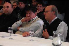 """Di Pierro: """"En esta nueva ley, hay cuestiones que avasallan lo que ya hemos logrado"""" http://www.ambitosur.com.ar/di-pierro-en-esta-nueva-ley-hay-cuestiones-que-avasallan-lo-que-ya-hemos-logrado/ El intendente participó este miércoles del encuentro en el que estuvieron presentes el secretario general del Sindicato del Petróleo y Gas Privado de Chubut, Jorge Ávila, el Secretario General del Sindicato del Personal Jerárquico y Profesional del Petróleo y Gas Privado de"""