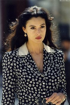From Sophia Loren to Monica Bellucci, these Italian actresses burn in the collective imagination as the pinnacle of allure and femininity. Indian Tv Actress, Italian Actress, Egyptian Actress, Mexican Actress, Sophia Loren, Most Beautiful Women, Beautiful People, Beautiful Italian Women, Malena Monica Bellucci