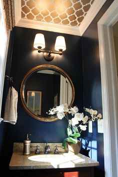 Looking Up: Melissa's Powder Room Makeover, navy blue walls with gold metallic ceiling Love the gold ceiling! Powder Room Paint, Powder Room Design, Gold Ceiling, Accent Ceiling, Ceiling Paper, Paint Ceiling, Dark Ceiling, Mirror Ceiling, Colored Ceiling