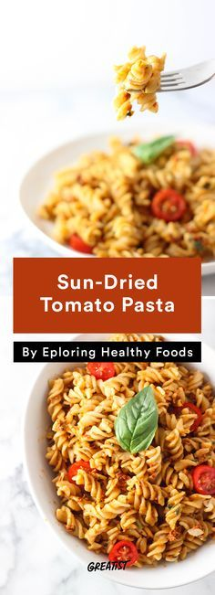 6. Sun-Dried Tomato Pasta #fast #and #easy #vegan #dinners http://greatist.com/eat/vegan-dinner-recipes-you-can-prep-in-5-minutes-or-less