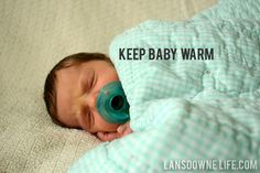 13 Tips for a DIY newborn baby photo shoot - Lansdowne Life Newborn Christmas Photos, Newborn Baby Photos, Newborn Posing, Newborn Shoot, Newborn Baby Photography, Newborn Pictures, Baby Pictures, Infant Photos, Children Photography