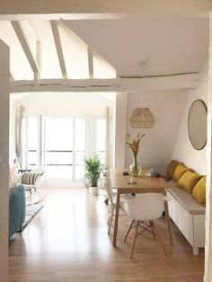 Comment créer une chambre supplémentaire dans un petit appartement à Paris ? – PLANETE DECO a homes world - Living Room With Tv, Small Apartment Living Room, Diy Living Room Decor, Room Wall Decor, Home Decor Bedroom, Master Bedroom, Paris Bedroom, Extra Bedroom, Bedroom Apartment