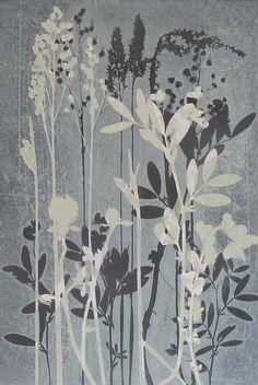 Ltd Edition Print van mijn oorspronkelijke botanische monoprint op 5 x 7 inch Duck egg blue. Bloemen & grassen uit een wild orchid weide kleine lettertjes