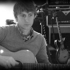 Eric Hutchinson: the only guy I know who can serenade you and rock your face off while wearing a blazer and loafers. :)