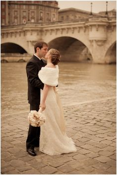 Vintage styled couple in Paris   with fur bolero   Photography © Juliane Berry via French Wedding Style