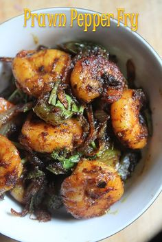 Prawn pepper fry is a recipe which was on my mind for quite some time. It is spicy, hot and totally delicious. I made it comepletely so. Veg Recipes, Curry Recipes, Seafood Recipes, Indian Food Recipes, Vegetarian Recipes, Cooking Recipes, Healthy Recipes, Recipies, Delicious Recipes