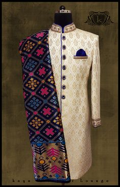 New wedding indian men outfits royal blue 34 Ideas Wedding Outfits For Groom, Wedding Dress Men, Indian Wedding Outfits, Wedding Suits, Trendy Wedding, Sherwani Groom, Wedding Sherwani, Designer Dress For Men, Indian Groom Dress