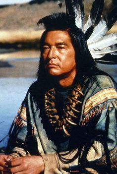 "Graham Greene - ""Dances with Wolves"" - Kevin Costner Native American Actors, Native American Warrior, Native American Pictures, Native American Beauty, American Indian Art, Native American History, American Indians, Art Indien, Dances With Wolves"