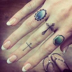 Finger tattoos that you love to have on your finger. Thousands Of Latest Finger Tattoos, Designs and Ideas. Hand Tattoos, Cute Finger Tattoos, Finger Tattoo Designs, Cross Tattoo Designs, Finger Tats, Star Tattoos, Body Art Tattoos, Cross Finger Tattoos, Knuckle Tattoos
