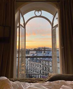 City Aesthetic, Beige Aesthetic, Aesthetic Rooms, Travel Aesthetic, Paris Apartments, Parisian Apartment, My New Room, Aesthetic Pictures, Aesthetic Wallpapers