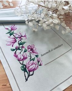 Cross Stitch Rose, Cross Stitch Flowers, Hobbies And Crafts, Embroidery, Diy, Tattoos, Crochet, Pretty, Cross Stitch Embroidery
